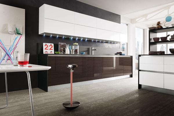 Cucina moderna slim gicinque cucine for Pultrone arredamenti