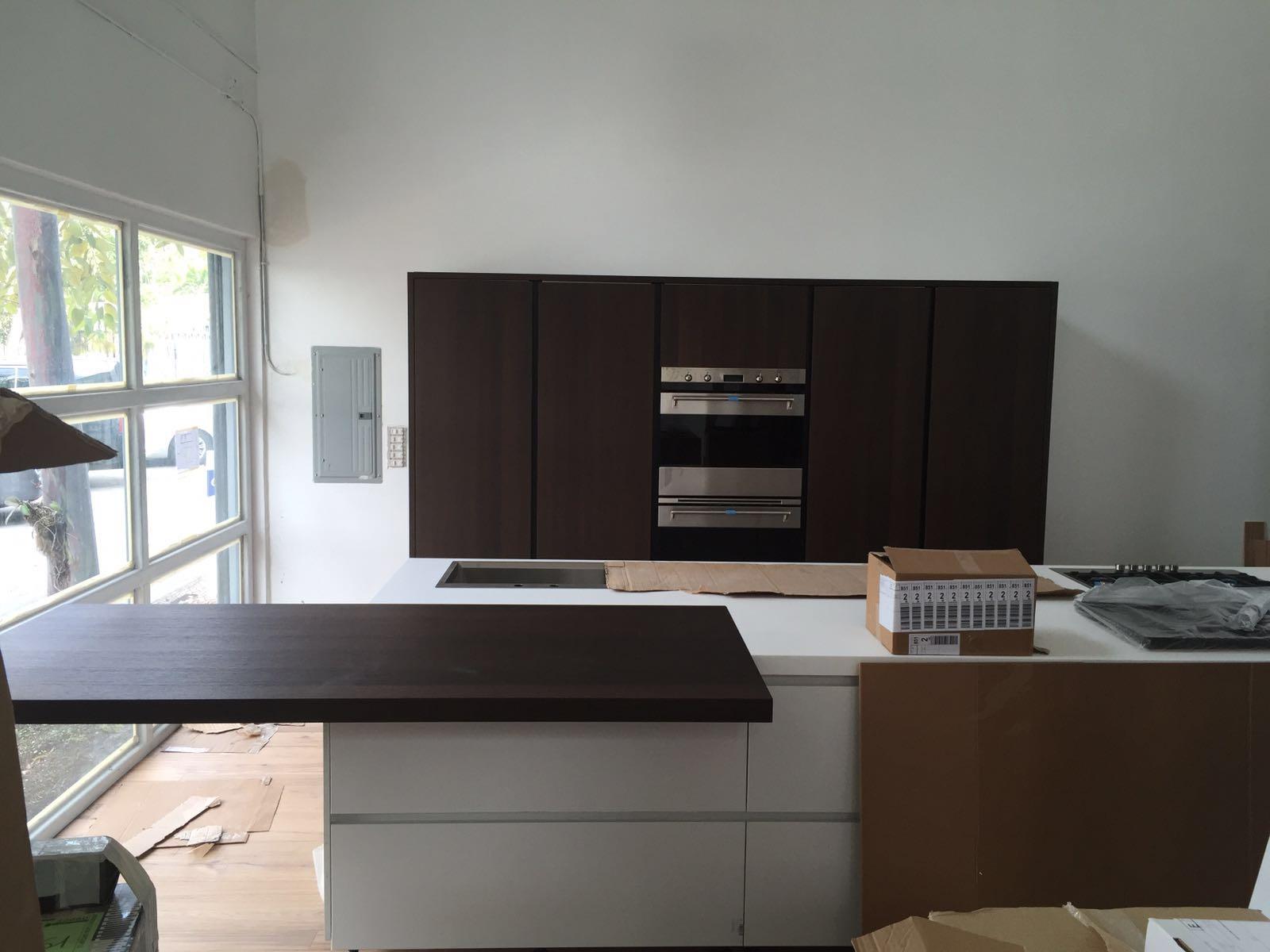 Arredo casa group llc nuovo showroom a miami gicinque for Pultrone arredamenti