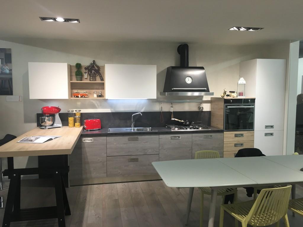 Unieuro introduce in esclusiva la vendita delle nostre cucine gicinque gicinque cucine - Cucine gicinque ...