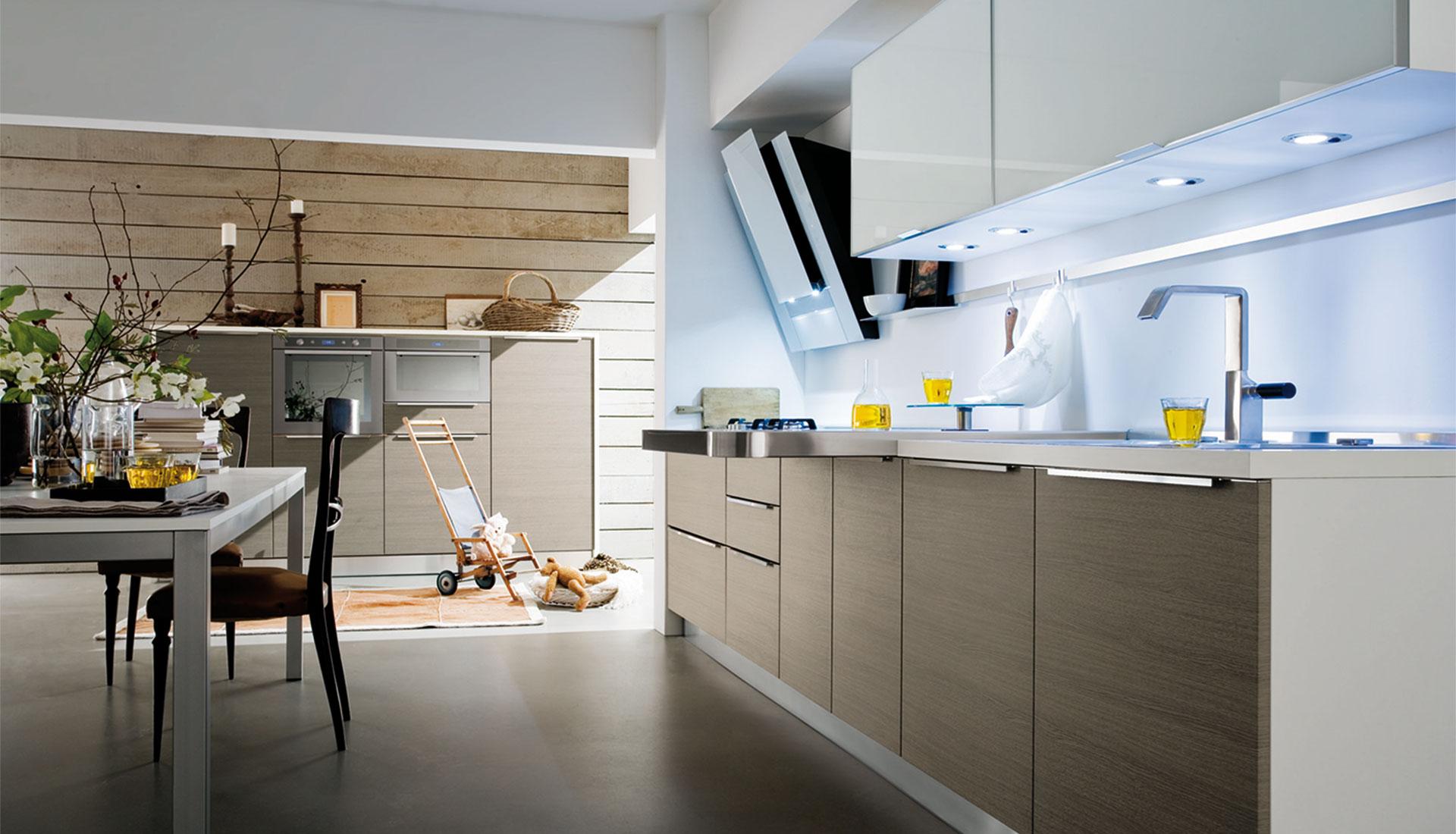 Nuove finiture per le cucine della linea idea di gicinque - Cucine in linea moderne ...