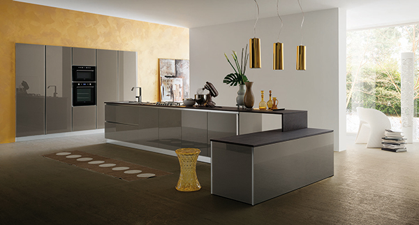 New Myglass collection: the elegance of the glass in the kitchen