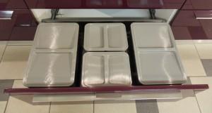 cassettone-porta-rifiuti---cucina-moderna-gicinque